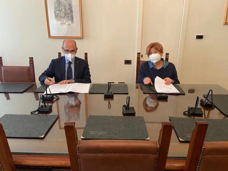 Alba Adriatica, firmato patto per la sicurezza urbana: in arrivo 19 nuove telecamere