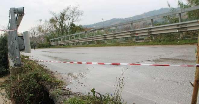 Alba Adriatica, criticità strutturali: chiuso il ponte sul Vibrata in via Ascolana