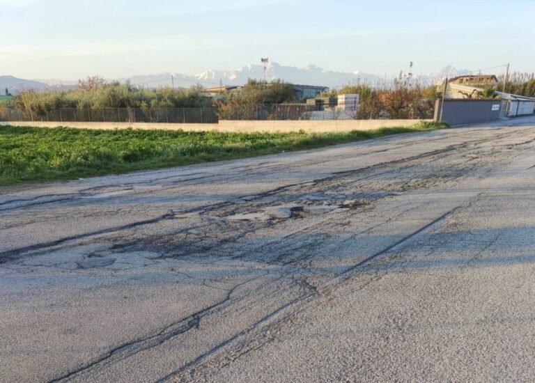 Roseto, 'frazioni abbandonate e strade disastrate' FOTO