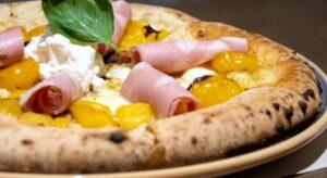 Achille Pizzeria Napoletana e non solo a San Nicolò, regala momenti di gusto eccezionali. Anche da asporto e Domicilio
