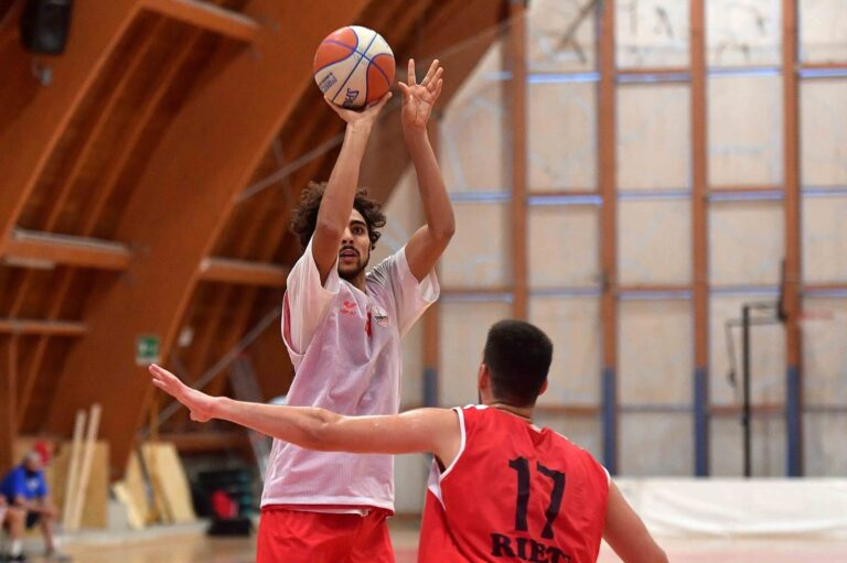 Basket, ottavi di Supercoppa tra Tasp e Rieti all'Acquaviva