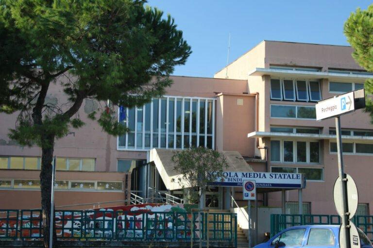 Covid, didattica a distanza per gli alunni della scuola media Pagliaccetti/Annunziata di Giulianova