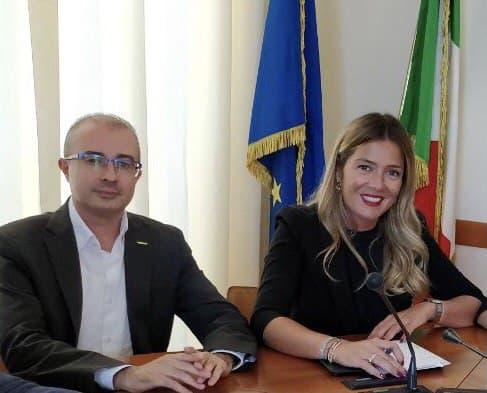 Abruzzo zona rossa. Marcozzi-Pettinari: Regione maglia nera per la confusione