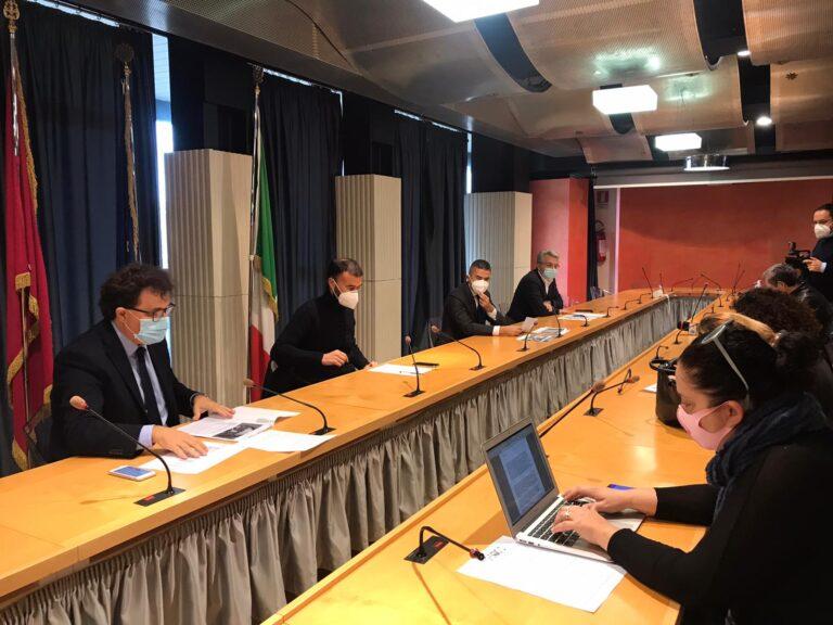 Cura Abruzzo, il centrosinistra: a 8 mesi dall'emergenza elargite solo le briciole