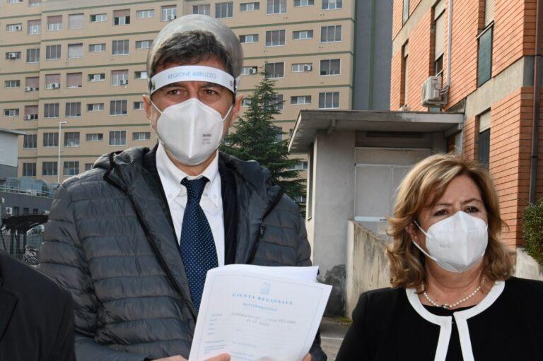 """Abruzzo, la Regione presenta il """"nuovo"""" piano vaccinale"""