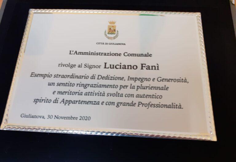 Giulianova, in pensione dopo 41 anni di servizio il dipendente comunale Luciano Fanì