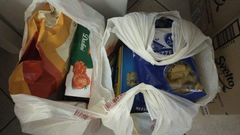 Pescara, raccolta alimentare e consegna della spesa per i bisognosi