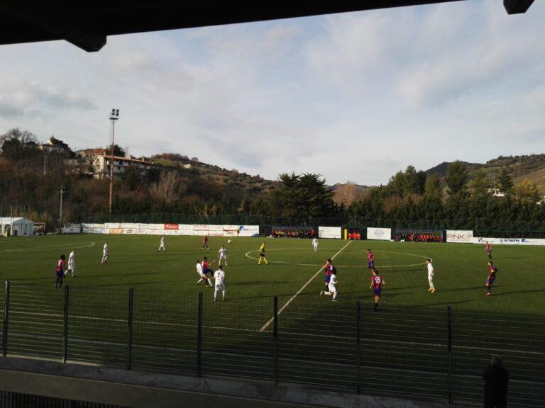Serie D, Frulla show: il Notaresco vince il derby di Castelnuovo