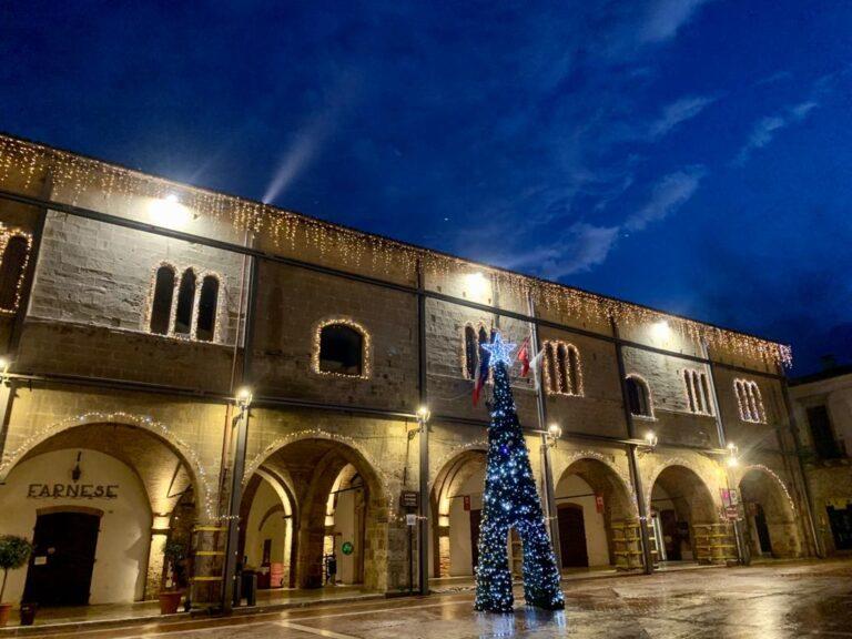 """Campli, """"illumina"""" il Natale della speranza FOTO"""