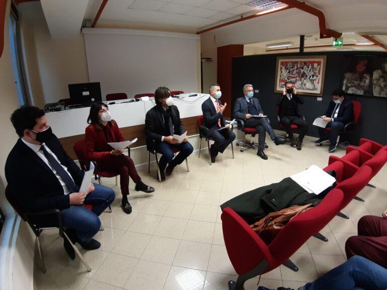 Abruzzo, le opposizioni incalzano: bilancio regionale fatto di tagli e illegittimo ancora prima di nascere VIDEO