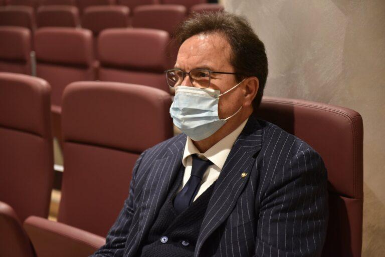Ospedali in Abruzzo. Febbo replica a Mariani: nessun taglio di risorse