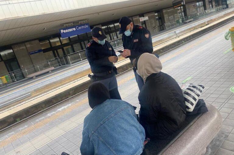 Pescara, si rifiuta di indossare la mascherina: multato alla stazione