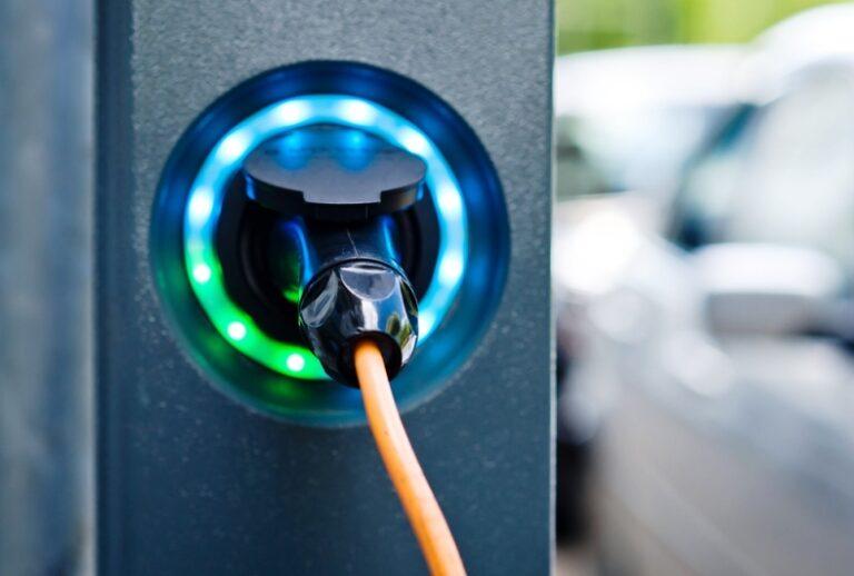 'Roseto non è un paese per le auto elettriche'