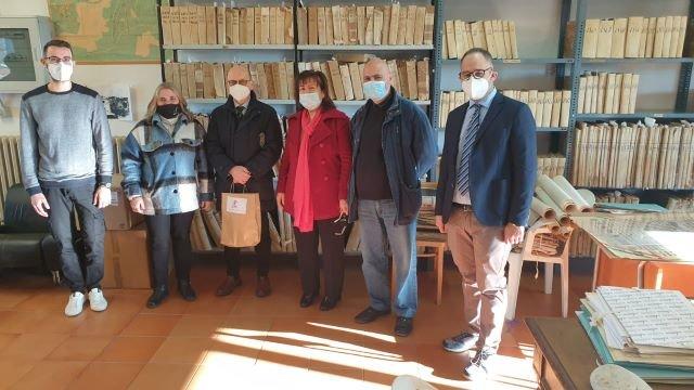 Chieti, visita all'archivio storico. Sindaco e assessore: 'Emozionante tuffo nel passato, locali da recuperare'