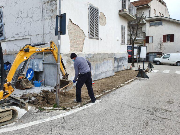 Ancarano, nuovi marciapiedi nella vie del centro: partiti i lavori