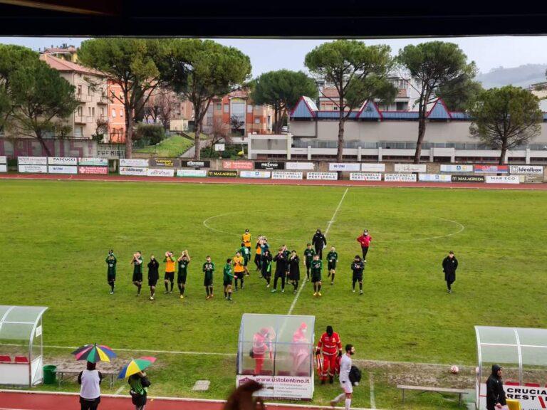Serie D, impresa Castelnuovo: da 2-0 a 2-2 nei minuti finali
