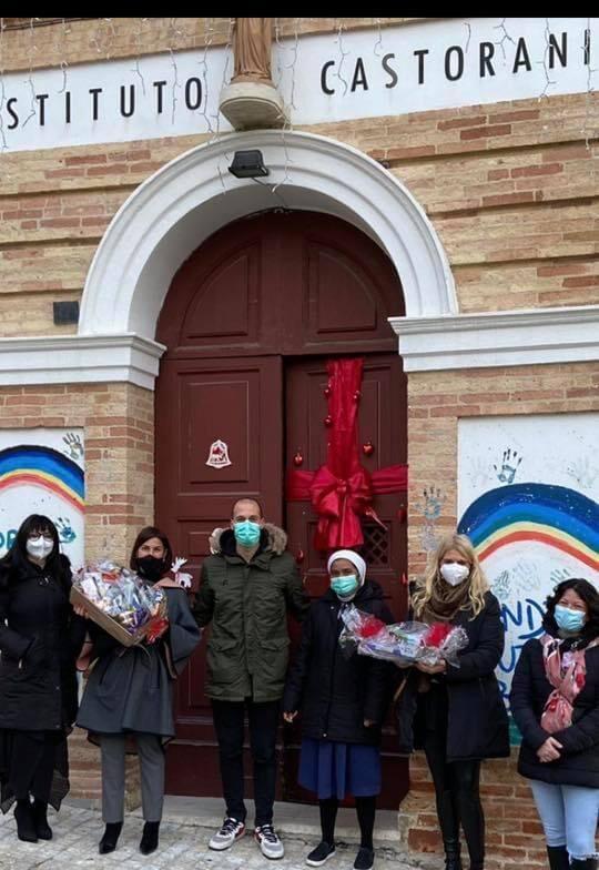 Natale ricco di doni per gli ospiti dell'Istituto Castorani: il ringraziamento dell'Asp 2 di Teramo