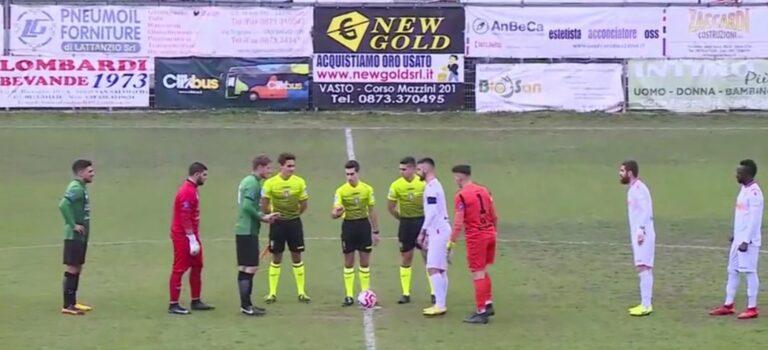 Serie D, impresa Castelnuovo: vince a Vasto in dieci (0-1)