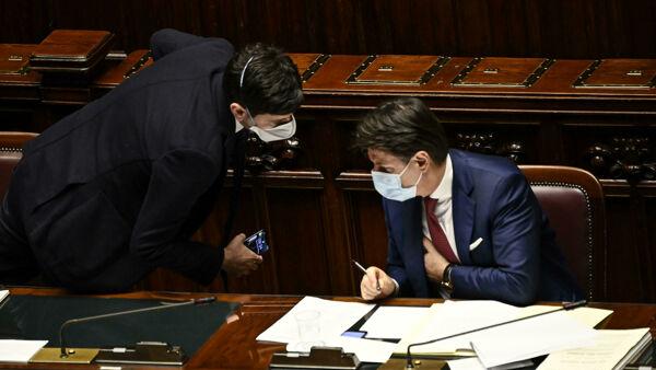 Coronavirus, il bollettino nazionale: calano i nuovi positivi, 348 i decessi