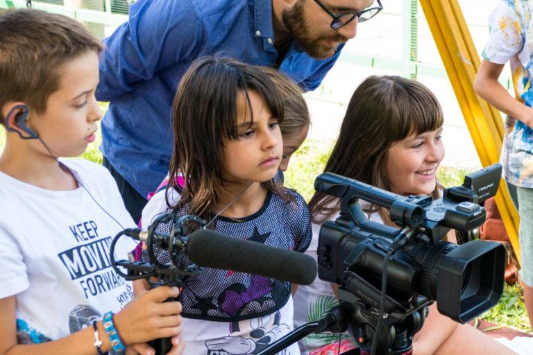 Teramo, la comunità raccontata dai ragazzi: il film in diretta Facebook