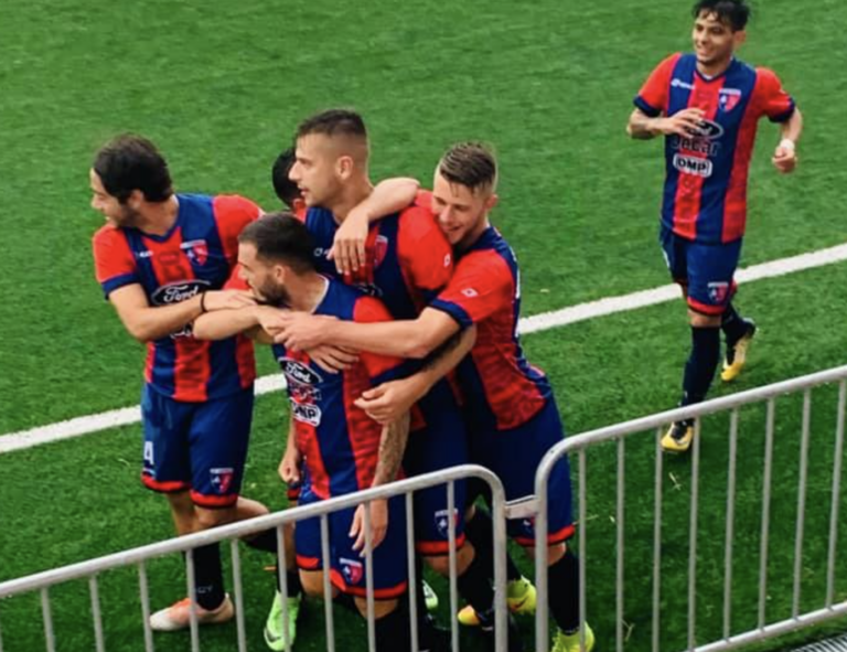Serie D, spicca il derby Notaresco-Vastese. Diversi i rinvii