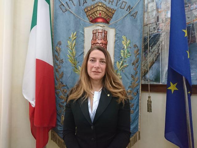 Ortona, l'avvocato Maria Giambuzzi nuovo assessore nella giunta Castiglione