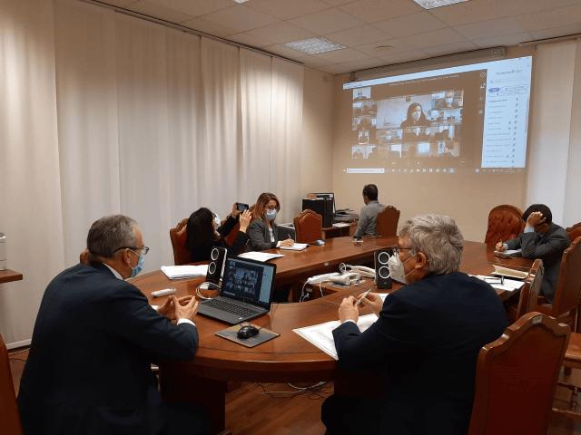 Covid-19, si parte con tamponi antigenici: tavolo in Prefettura a Chieti per screening e vaccinazioni