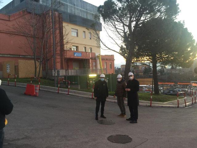Chieti, Febbo in visita al SS Annunziata: 'Finalmente si torna a investire'