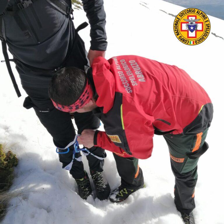 Monte Velino: soccorsi due alpinisti dopo un volo di 70 metri