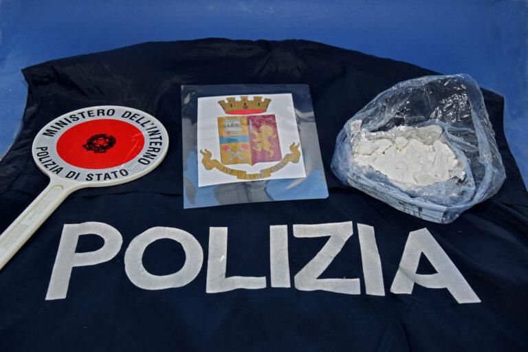 L'Aquila, 100 grammi di cocaina in auto: un arresto e una denuncia