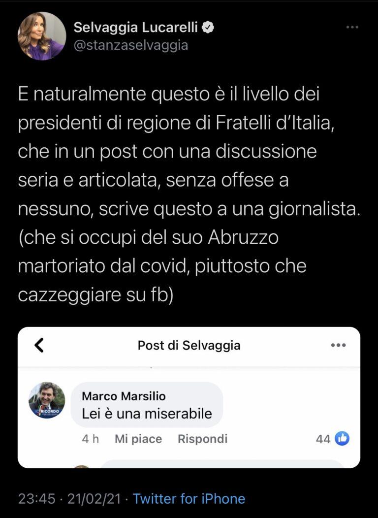 """Marsilio vs Selvaggia Lucarelli: """"Una miserabile"""". E lei: """"Pensi all'Abruzzo martoriato dal Covid"""""""