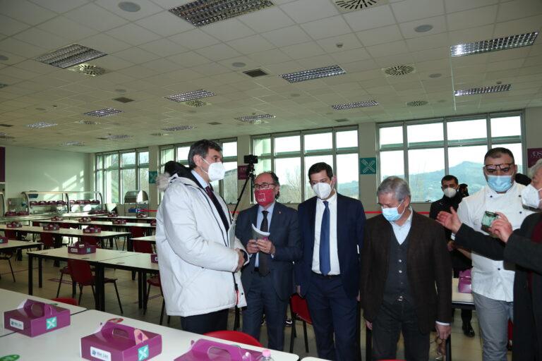 Teramo, inaugurata la nuova mensa universitaria anti-contagio