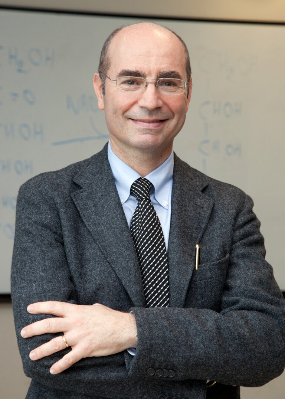 Università L'Aquila, docente riceve il Premio Internazionale 'Tu Youyou Award'