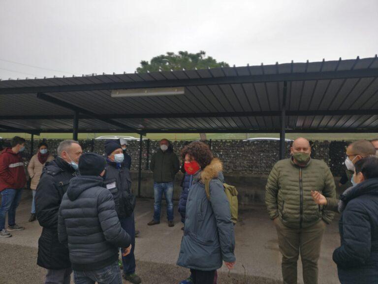 """Tortoreto vertenza Betafence: sì alla """"solidarietà"""" no al piano industriale FOTO VIDEO"""
