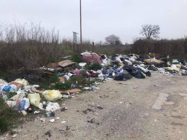 Giulianova, discarica a cielo aperto tra Villa Pozzoni e Colleranesco: il sindaco annuncia azioni dure contro gli incivili