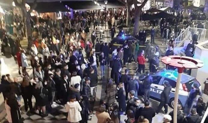Pescara, fermato con la droga per la movida del centro: arrestato