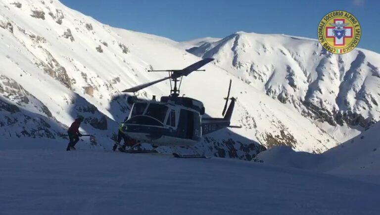 Monte Velino, con il bel tempo riprese le ricerche VIDEO