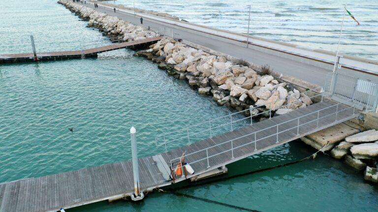 Giulianova, attività per disabili sul pontile per l'idrovolante