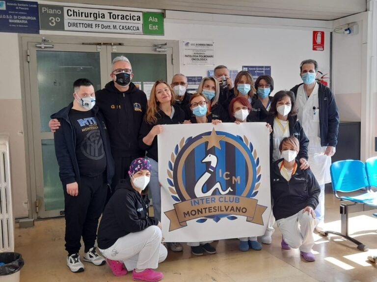 Pescara, l'Inter club Montesilvano dona felpe ai sanitari di Chirurgia toracica