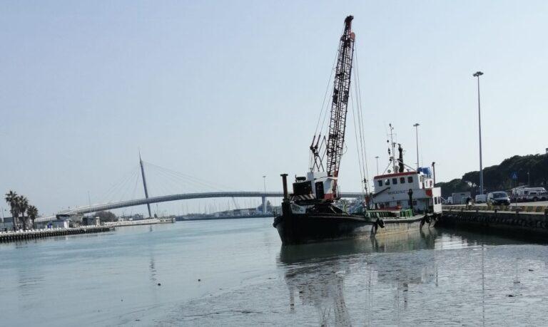 Pescara, porto in secca: 800mila euro per un nuovo dragaggio