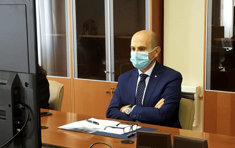 """Covid, a Teramo nell'ultimo mese più di duecento sanzioni: """"Motivare i giovani alla responsabilità"""""""