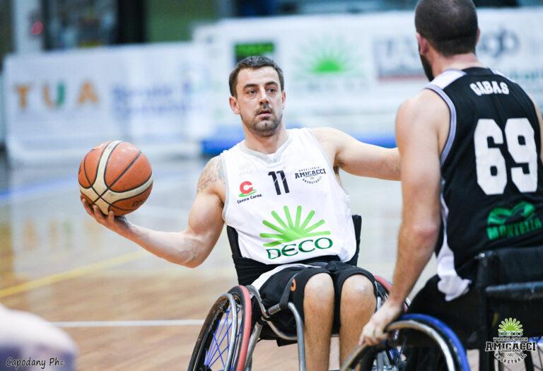 Basket in carrozzina, l'Amicacci batte Bergamo e vola in semifinale Scudetto