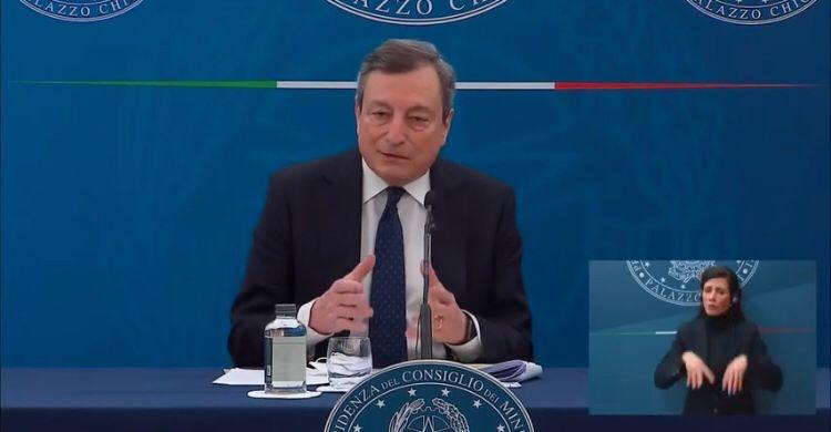 """Decreto sostegni: 11 miliardi alle imprese e condono fiscale. Draghi """"mi vaccinerò con AstraZeneca"""""""