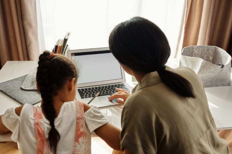 Congedi parentali e bonus baby sitter: chi ne ha diritto e come richiederli