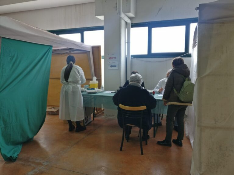 Martinsicuro, dal 15 marzo vaccinazioni di richiamo per gli over 80