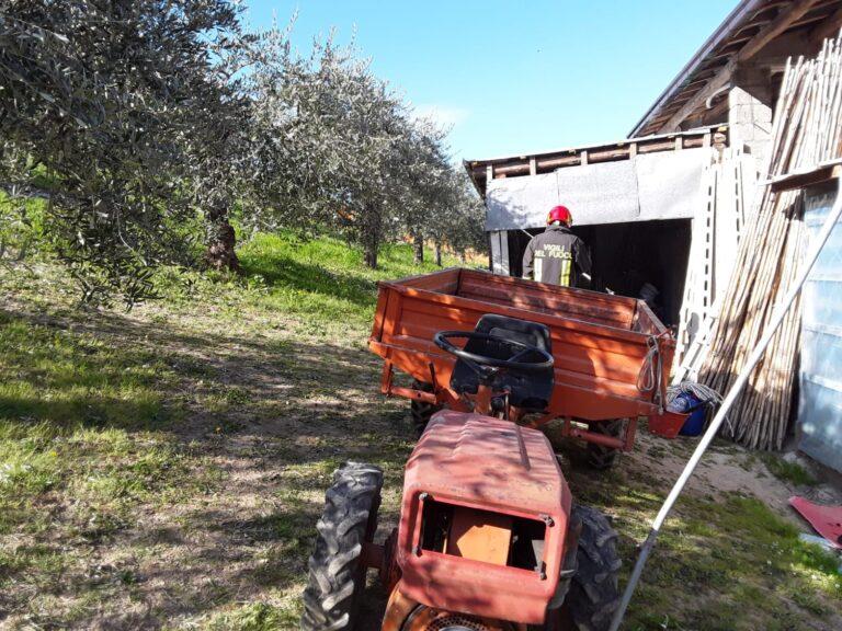 Tossicia, muore nell'incidente agricolo con il trattore