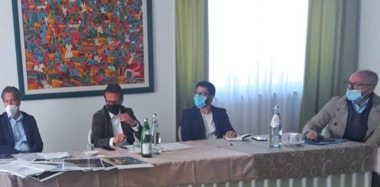 Erosione costa a Pineto: Fratelli d'Italia incontra D'Annuntiis FOTO