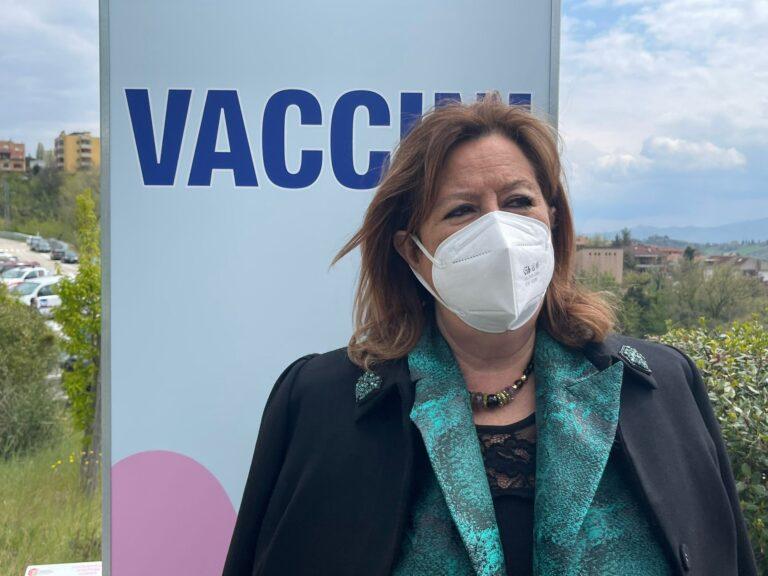 """Covid, l'appello dell'assessore Verì: """"Iscrivetevi alla piattaforma per le vaccinazioni"""" VIDEO"""