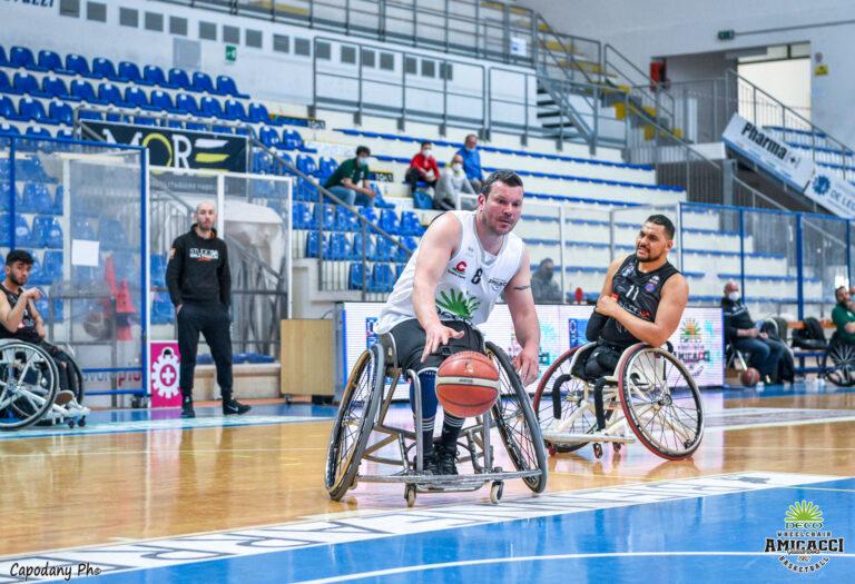 Basket in carrozzina, l'Amicacci batte Padova e chiude al terzo posto