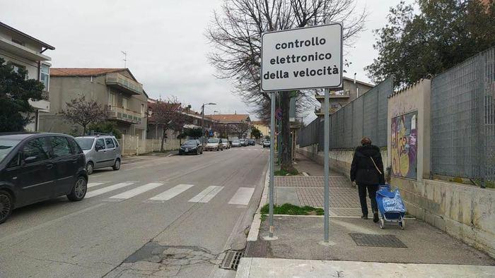 """Pescara, via Di Sotto: """"Il centrodestra mantiene l'autovelox-bancomat"""""""
